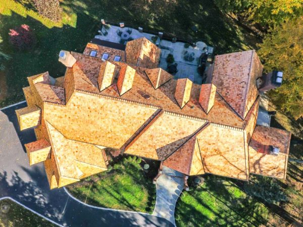 <span>Cedar Shake Roofing | Highest Rated Composite Shake</span><i>→</i>